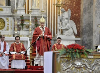 """""""Adorazione e martiri Eucaristici. Ungheria pronta"""""""