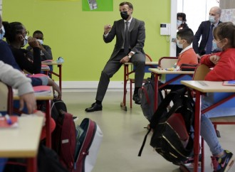 L'Islam è una scusa: Macron chiude le scuole parentali