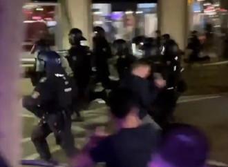 Immigrati assaltano la polizia, la Germania ha un problema