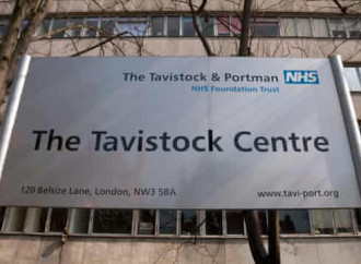 Sentenza Tavistock: un freno agli ormoni per minori