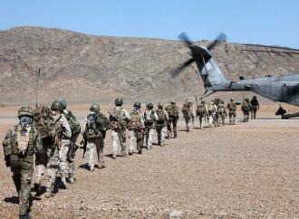 Via dall'Afghanistan: gli Usa trattano con i Talebani