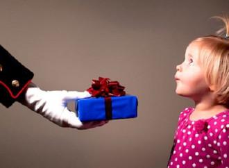 Bimbo senza regalo: la paura di evitare choc ai nostri figli