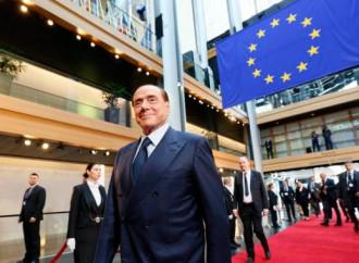 Berlusconi incandidabile ma indispensabile