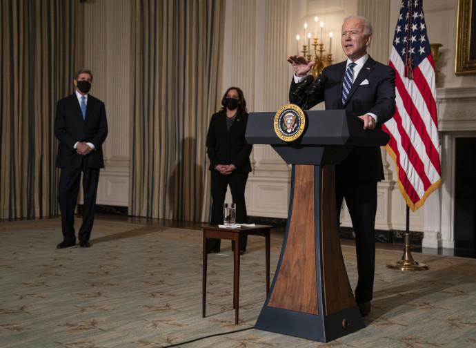 Joe Biden alla conferenza sul cambiamento climatico di Washington