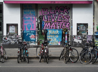 Nuovo comandamento: non criticare Black Lives Matter