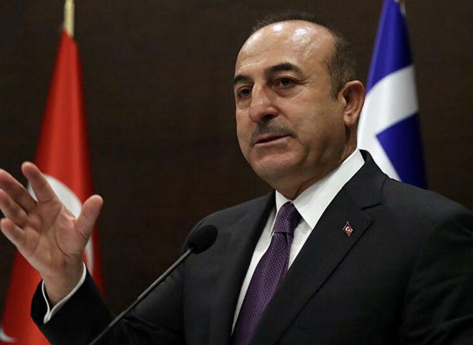 Il ministro degli Esteri turco, Cavusoglu