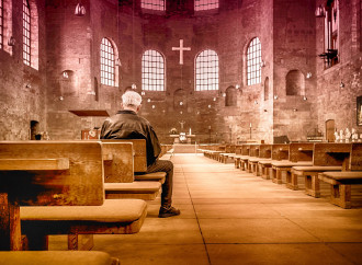 Perché la preghiera cristiana è diversa dalle altre