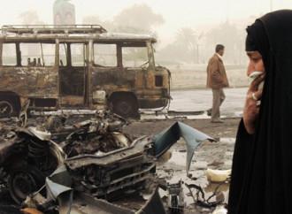 Meno morti in Afghanistan: governo e talebani trattano