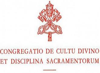 """Liturgia, parte """"indagine"""" sulla gestione del cardinale Sarah"""