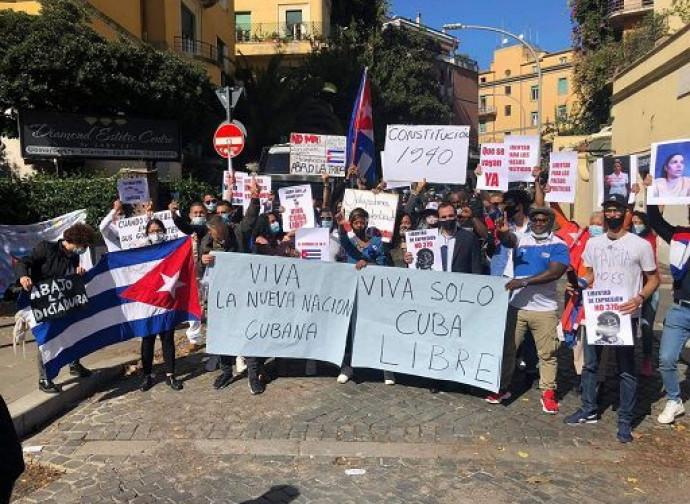 La manifestazione dei cubani a Roma