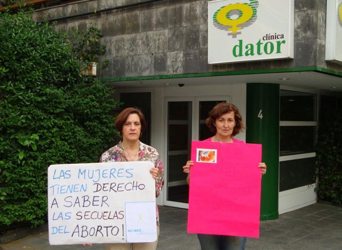 La clinica dove avrebbero abortito le sue ragazze