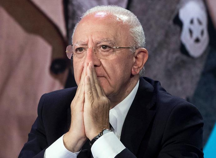 Il governatore della Campania De Luca
