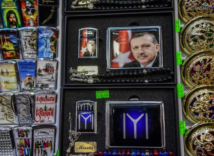Culto della personalità: Erdogan fra i gadget