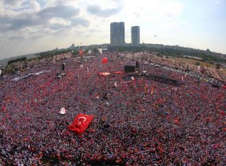 La rivoluzione di Erdogan, un'epurazione continua
