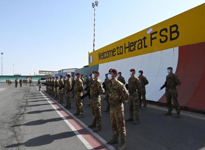 Herat, partenza del contingente italiano