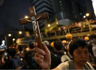Hong Kong, un messaggio di pace dalla Chiesa
