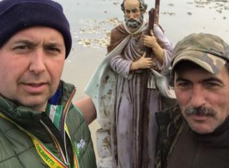 Il San Giuseppe di don Camillo riemerge dalle acque