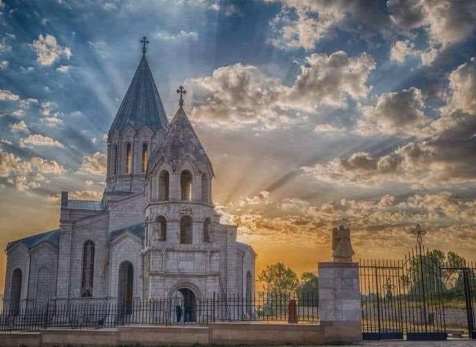 La cattedrale di Ghazanchetsots prima del bombardamento