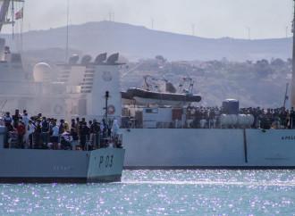 Italia bengodi dei clandestini, attese ondate di migranti