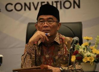 Come sconfiggere la povertà? Basta che i poveri sposino dei ricchi, dice un ministro indonesiano