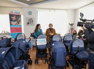 Dai passeggini ai biberon, Pro Vita aiuta 10 mamme