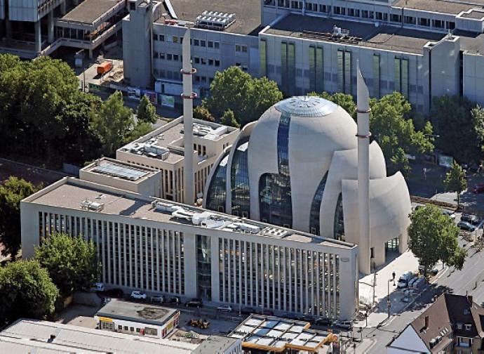 La nuova moschea di Colonia