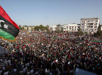 Caos Libia, una fucina di terroristi a due passi da casa