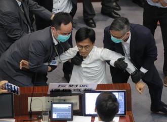 «La Cina ha mani libere per la repressione a Hong Kong»
