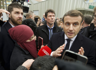 Francia, inizio ambiguo del dialogo fra Stato e islam