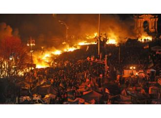 L'Ucraina in fiamme rischia la disintegrazione