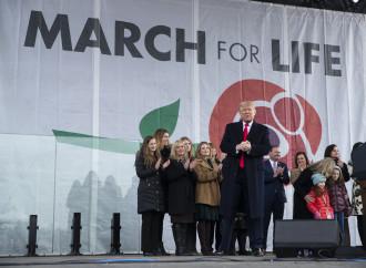 Trump scrive ai pro-life, rinnovando l'alleanza