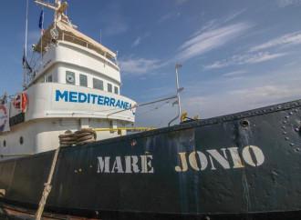 L'Italia torna il bengodi di clandestini e trafficanti