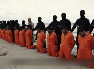 Sono tornati a casa i corpi dei 21 cristiani egiziani giustiziati dall'Isis nel 2015