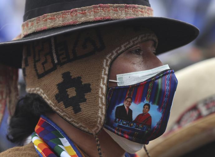 Elezioni boliviane, un sostenitore del MAS