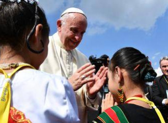 Myanmar, lo slalom per la pace di Papa Francesco