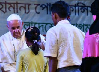 Il Papa rompe gli indugi sui Rohingya