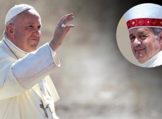 Il Papa difende il vescovo cileno Barros accusato di abusi