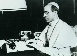 """""""Pio XII, polemiche strumentali. Santità chiara"""""""