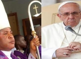 Nigeria, si dimette il vescovo contestato