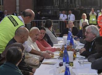 Evadono grazie al pranzo con il Papa