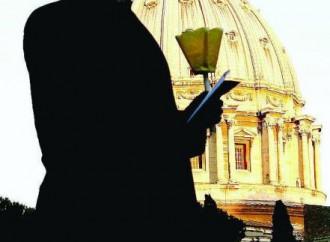"""La lettera di """"correzione"""", opinioni in piazza San Pietro"""
