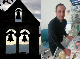 Appeal of hundreds: «Thank you father Gabriel, now let's ring the bells for Alfie»