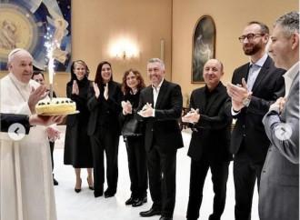 Il compleanno vaticano del regista del docufilm Francesco