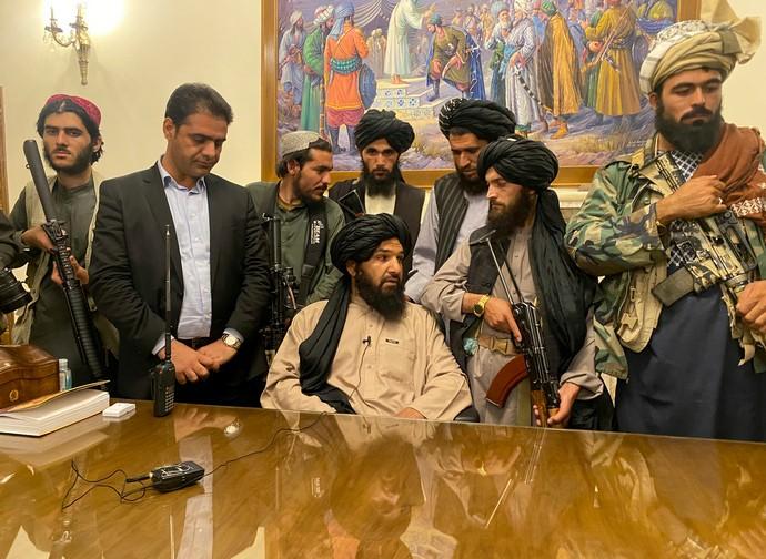 Talebani nel palazzo presidenziale