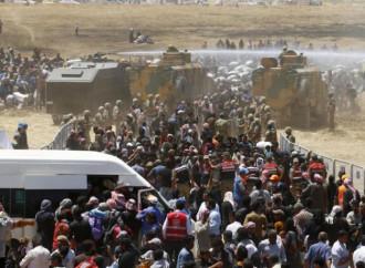 Erdogan vuole altro denaro dall'Europa per fermare gli emigranti irregolari