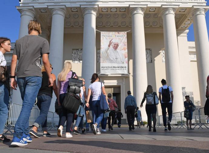 Vilnius si prepara ad accogliere Papa Francesco