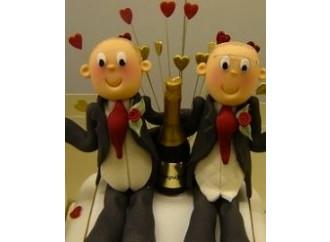 Ora è ufficiale: l'unione gay è  un matrimonio